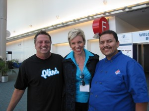 Rodney Rumford (Plixi), Mari Smith, Ramon DeLeon (Domino's Pizza)