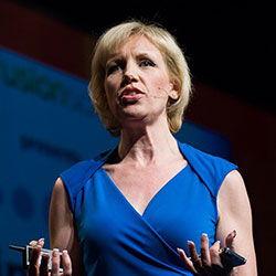 Hire Top Social Media Expert, Mari Smith to speak at your next event!